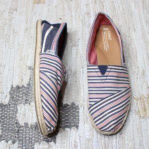 Toms Classics Navy Red Stripe Rope Sole 12